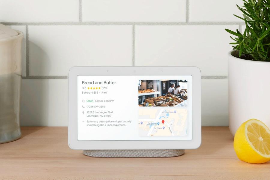 Smart home holiday gifts: Google Home Hub