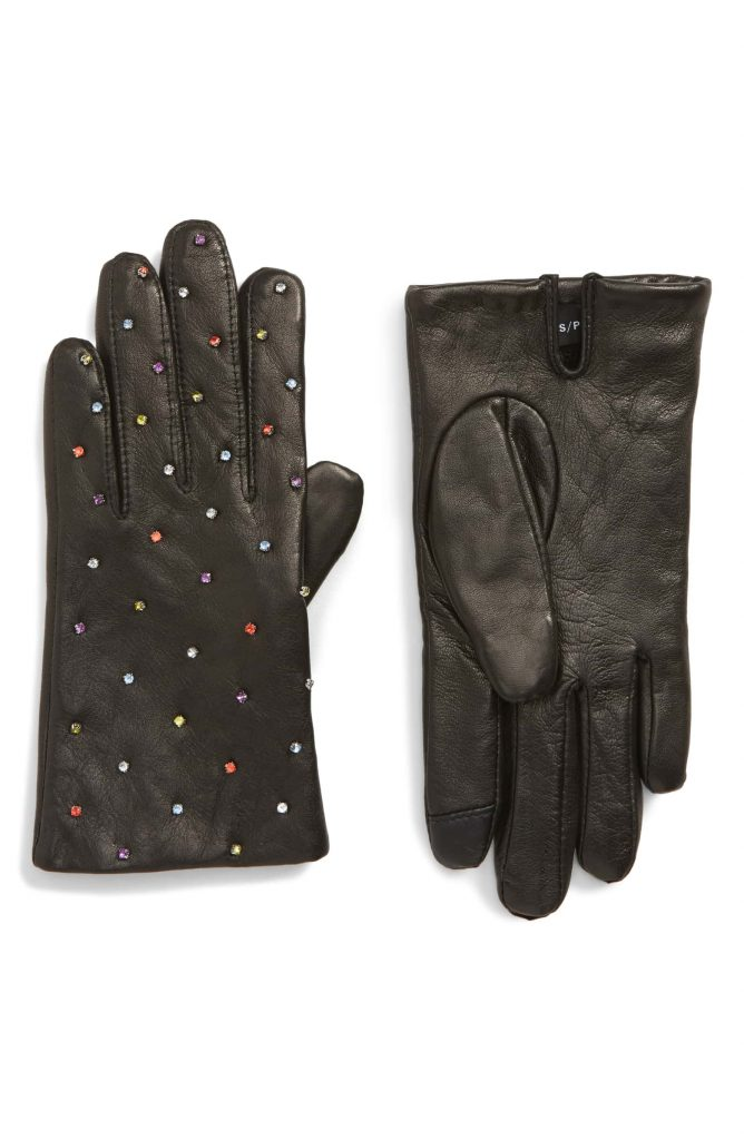 Stylish tech gifts for the trendsetter in your life: Leather touchscreen gloves
