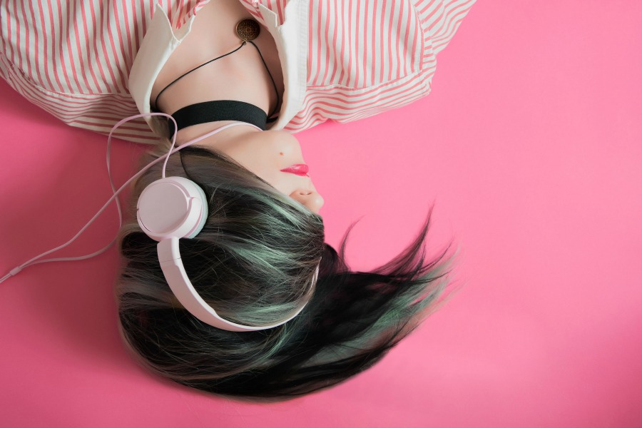 5 podcasts I've listened to this month