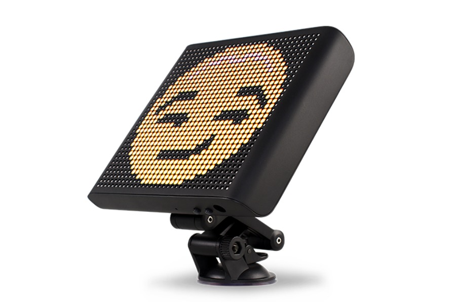 Wear Your Emotions On Your Rear Window With Mojipic Cool Mom Tech