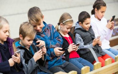 25 things kids should know before they get a smartphone