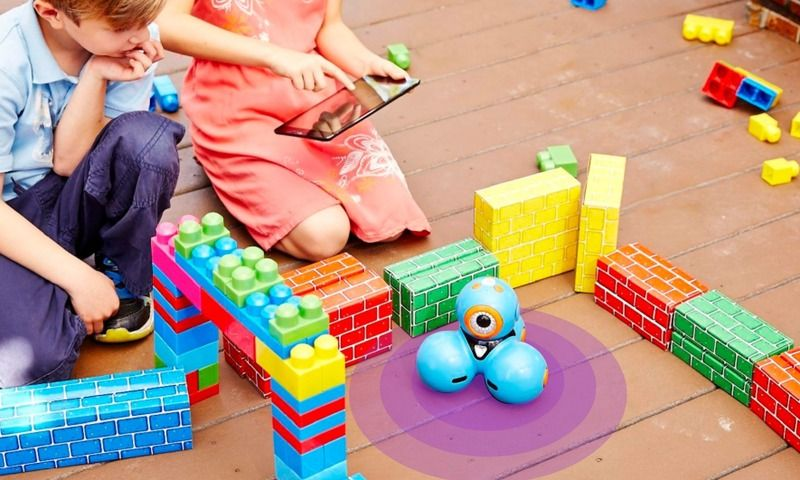 Tech toys and gifts for kids: Wonder Workshop