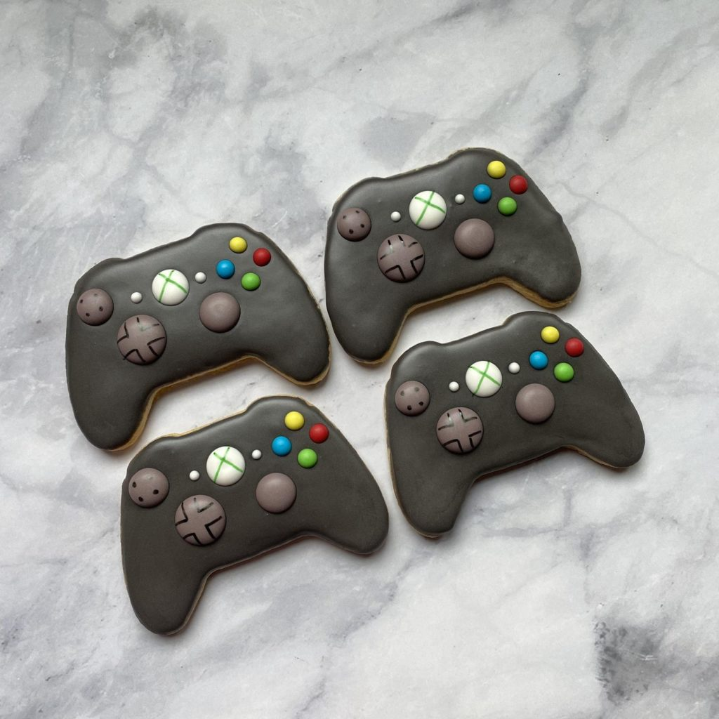 Father's Day gifts for gamers: Video game controller cookies