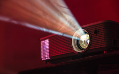 4 awesome home projectors for a fab backyard movie night