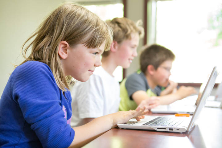 The best online STEM camps for kids this summer: Coding with Kids