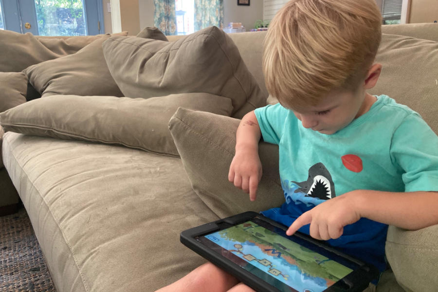 11 awesome reading apps for preschoolers and little kids. We've got this, parents!