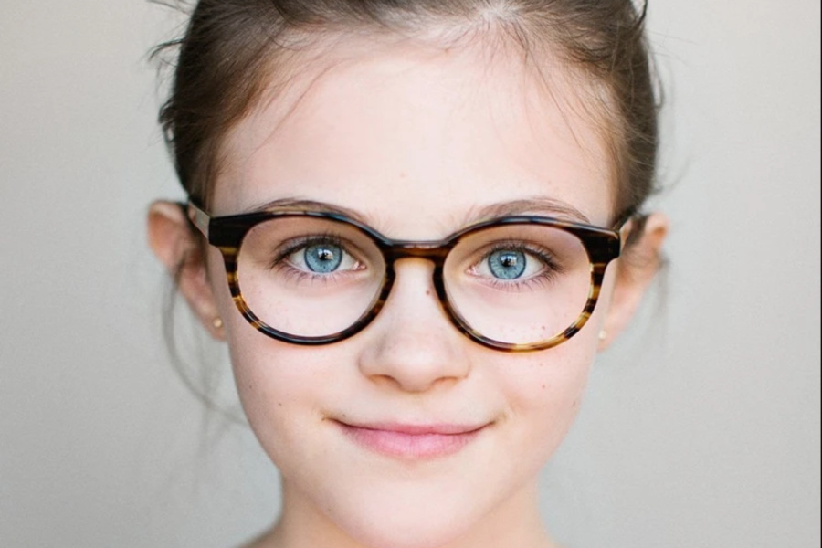 Online learning this fall? Check out these 5 cool blue light glasses brands for kids
