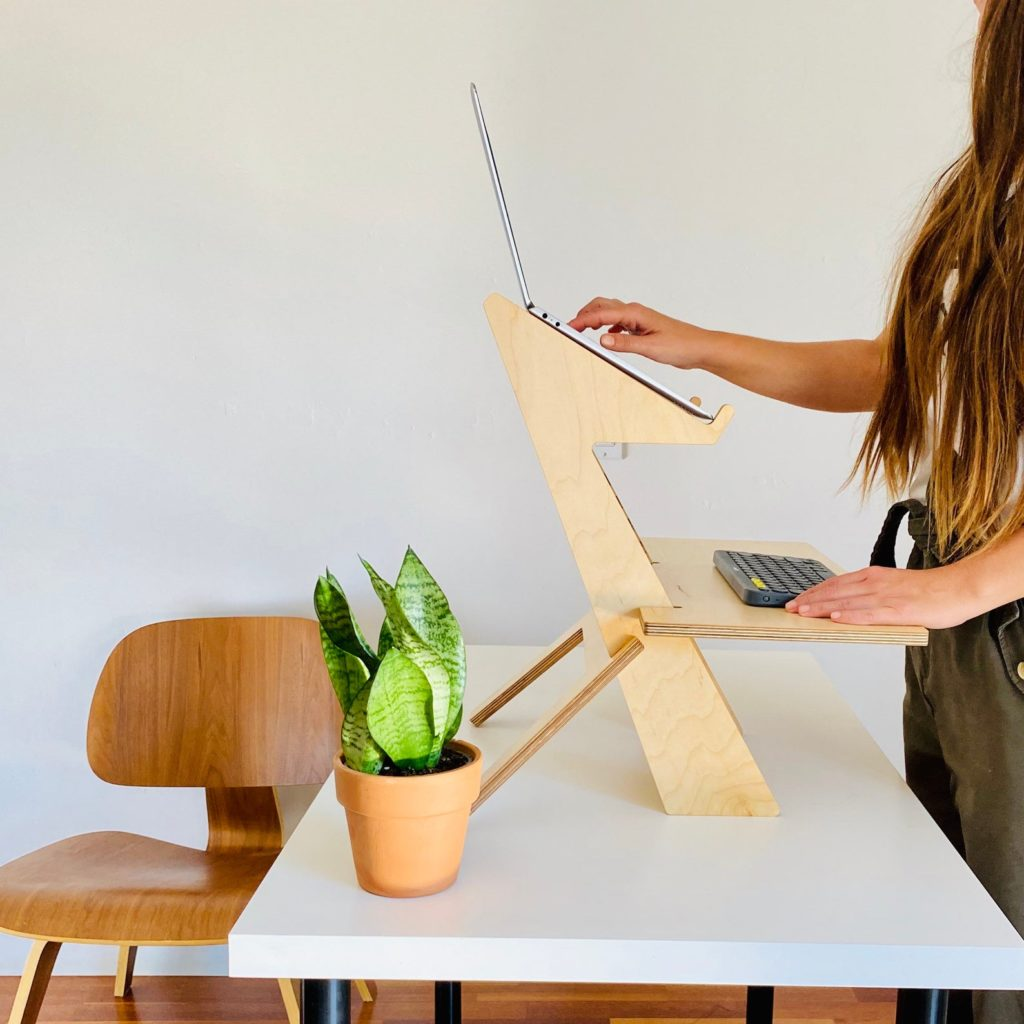 5 ergonomic laptop accessories you need for your work and study set-ups: Standing desk   RLDH
